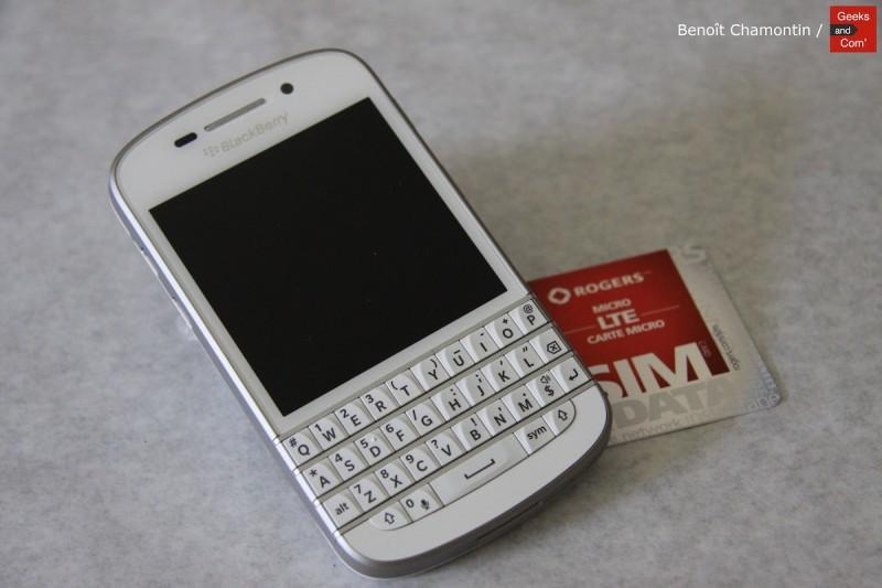 BlackBerry-Q10-Geeks-and-Com-1