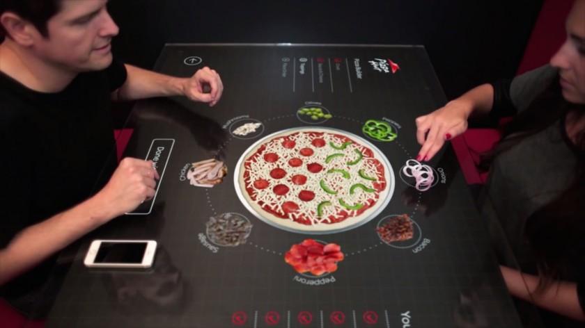 Pizza Hut - Concept table tactile interactive - Mars 2014