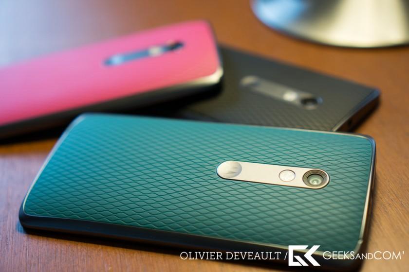 Le dos du Moto X Play, en trois couleurs