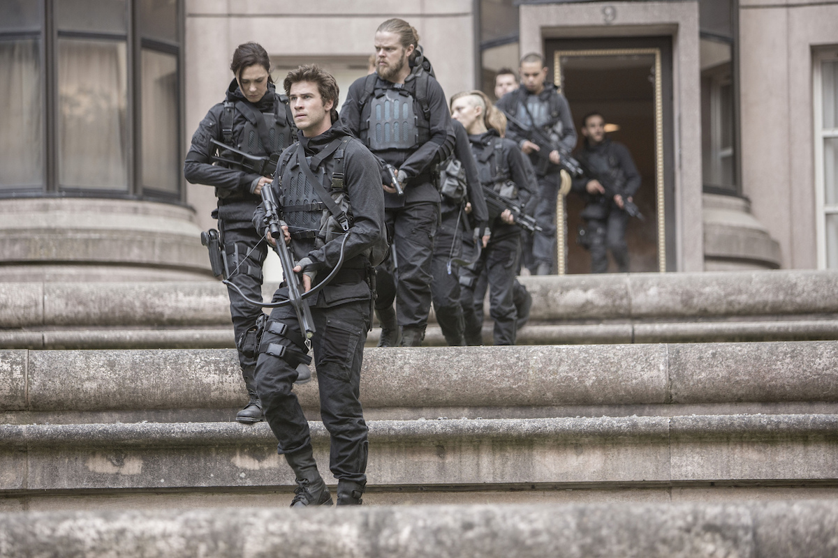 Hunger Games MockingJay Part 2 - Crew