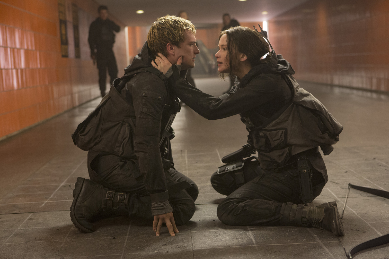Hunger Games MockingJay Part 2 - Peeta and Katniss