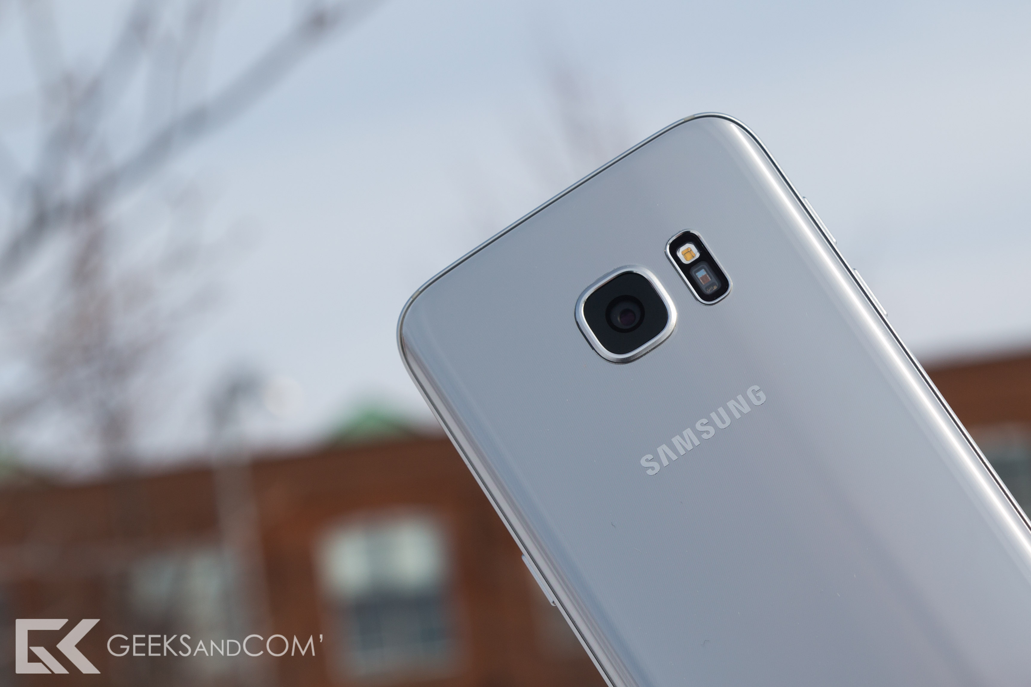 Samsung Galaxy S7 - Test Geeks and Com -1