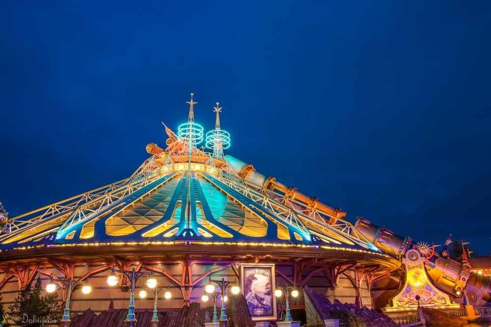 Space-Mountain-Disneyland-Paris-Photo-Nuit-Luc-Dobigeon
